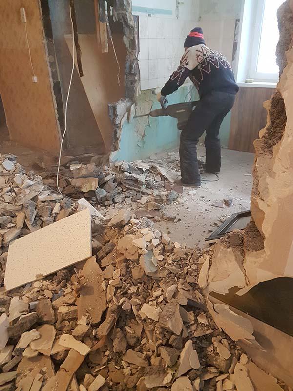 demontazh v kvartire pervomajskaya21